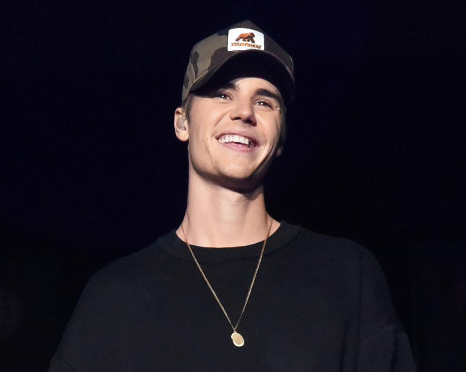 Justin Bieber Ties Drake And Eminem For The Most No. 1 Bestselling Songs Among Men