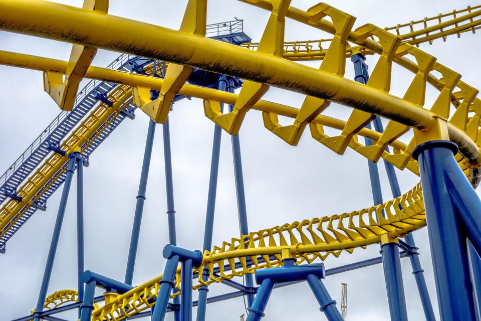 Looping roller coaster that can be ridden safely today with masks and good distancing,