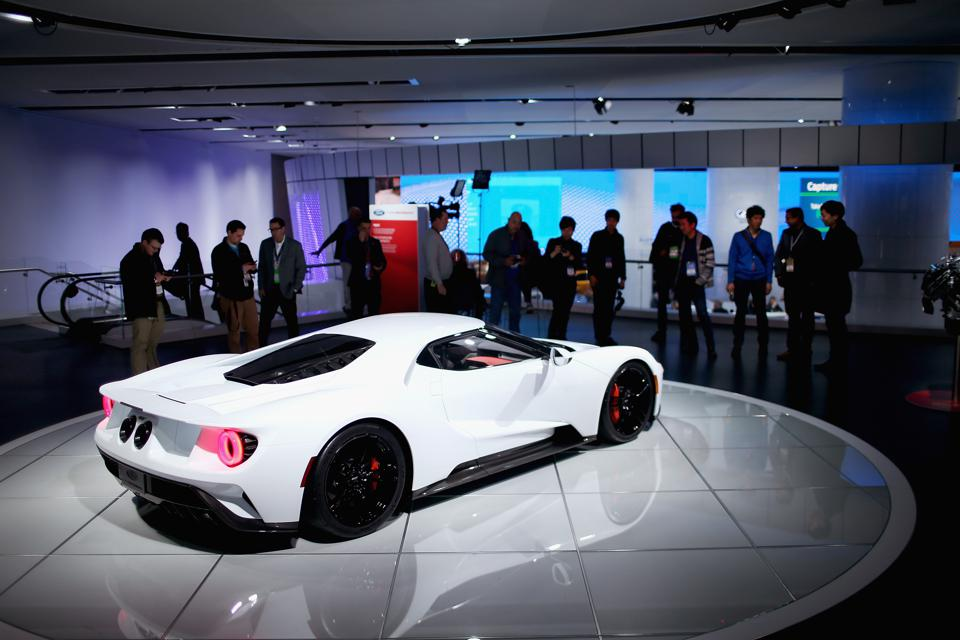 The Five Prettiest Cars At The 2016 Detroit Auto Show