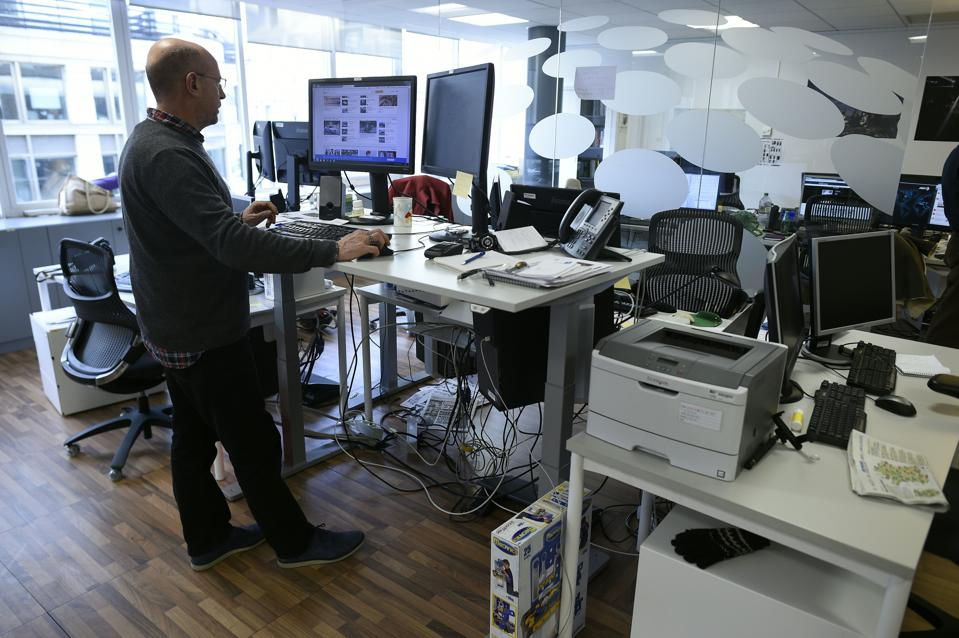 Is Standing Really Better Than Sitting At Work? Try Doing Both