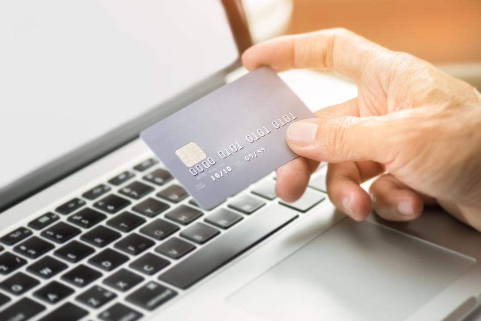 This Week In Credit Card News: Scammers Target Online Shopping; Could Mobile Carriers Become Banks?