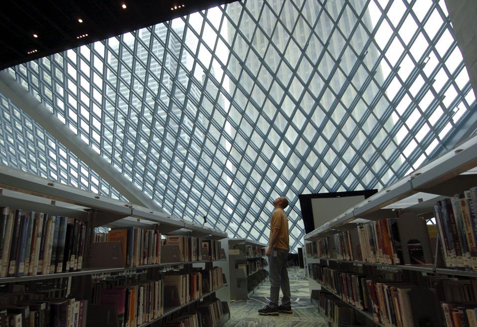 Seattle Opens New Landmark Public Library