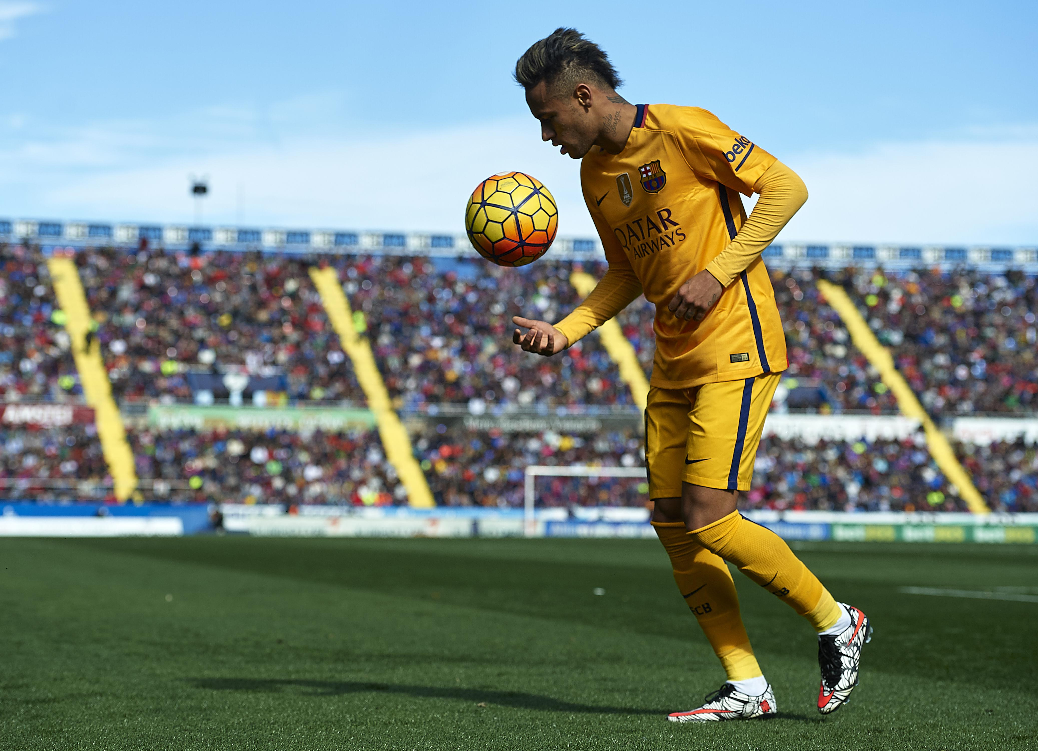 barcelona is determined not to lose neymar but can it