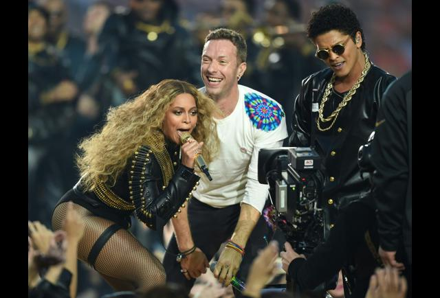 Beyonce bruno mars shine during super bowl coldplay - Bruno mars tickets madison square garden ...