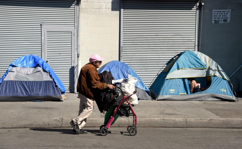 Will Inequality Turn Entire Cities Into Ghettos?
