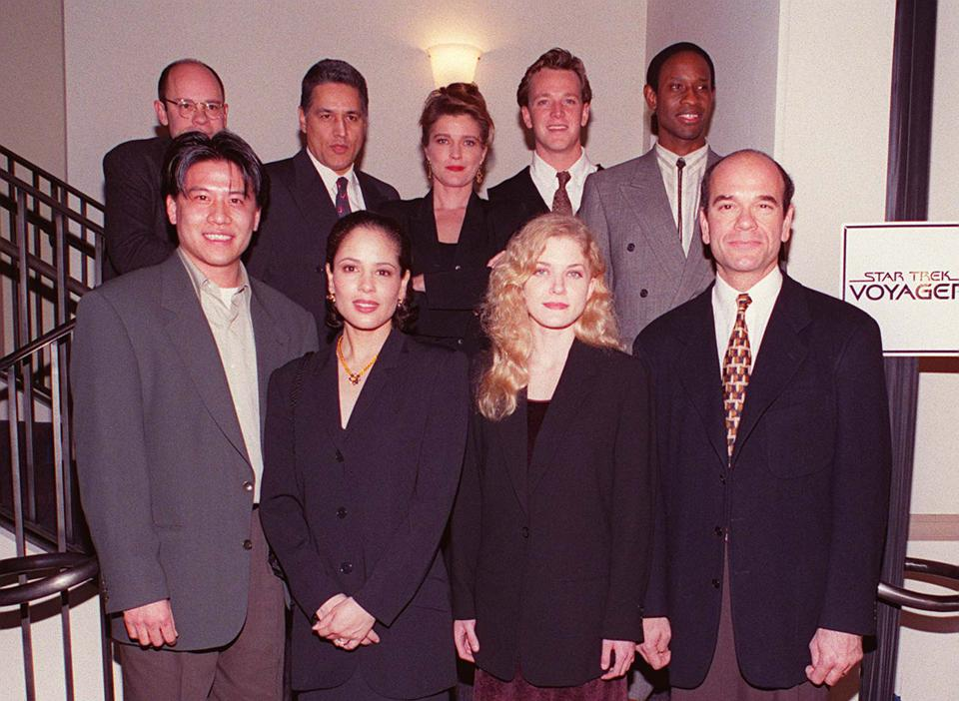 January 1995 Hollywood Ca The Cast Of Star Trek Voyager Photo James Aylott Online usaInc