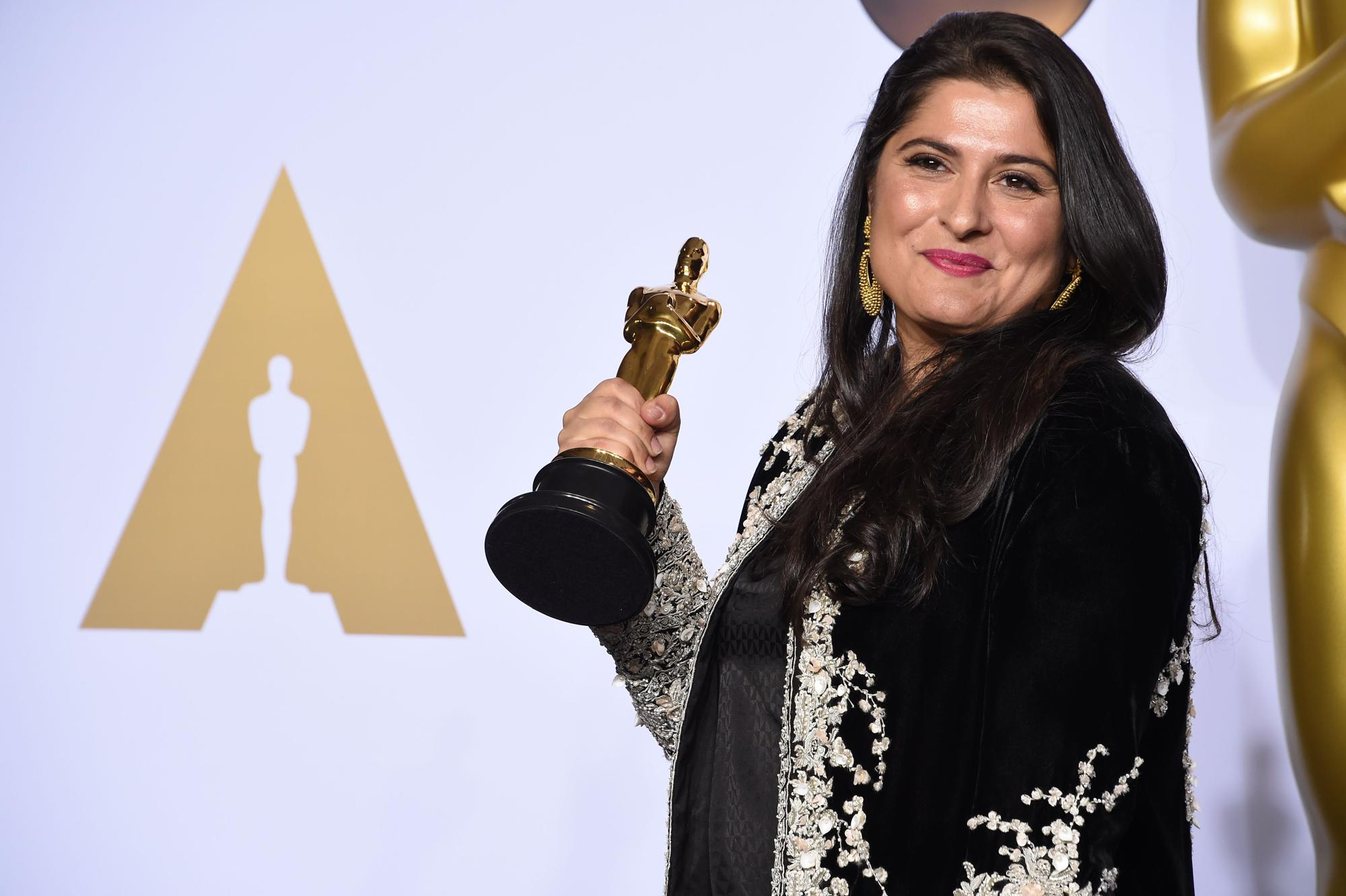 filmmaker sharmeen obaid chinoy presented with the Filmmaker sharmeen obaid-chinoy sheds light on the despicable practice of honor killings by telling one woman's story in an oscar-nominated documentary.
