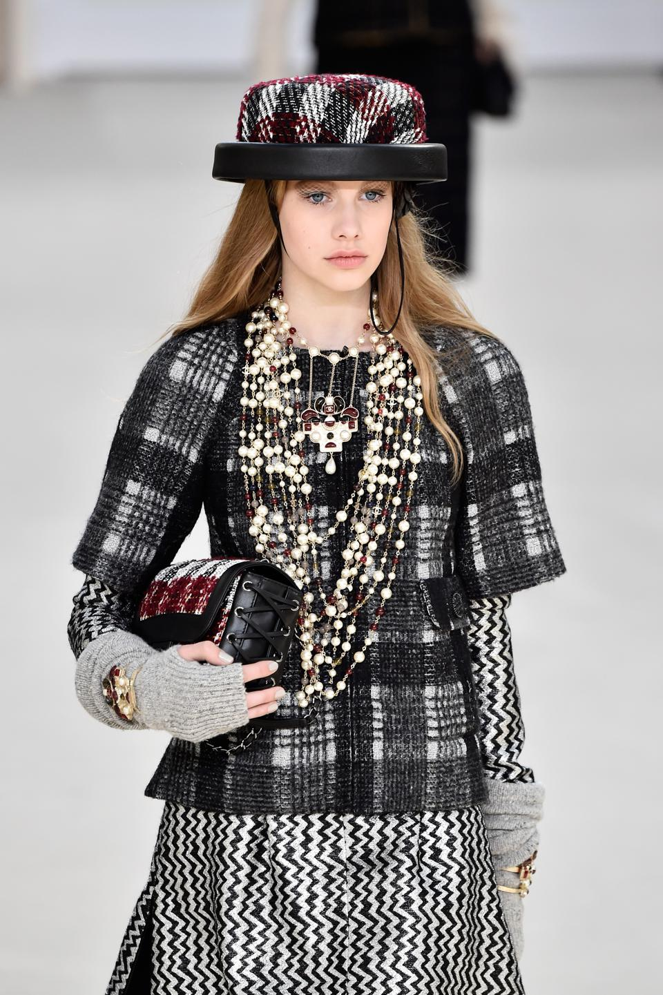 6 Things To Take Away From Chanel's Fall 2016 Fashion Week ...