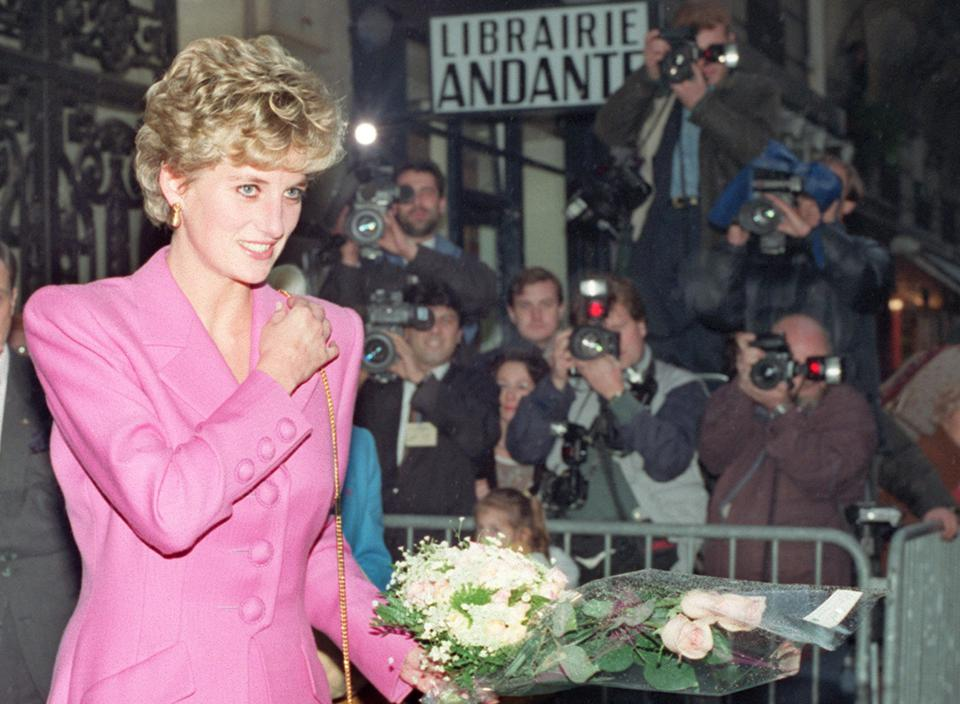princess diana spoke volumes on aids During princess diana's life she helped with many foundations and charities but she finally dedicated herself to one cause in particular princess diana became very involved with helping aids sufferers and their families starting in the early nineties until her death in 1997 diana did everything she could to help all aids.
