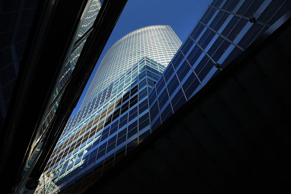 Goldman Sachs Sells $800 Million Of Hedge Fund Stakes To Affiliated Managers