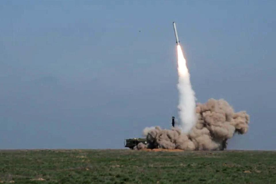 Russia launches Iskander M missile in military exercise
