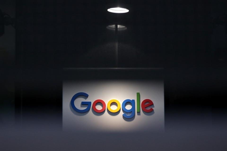 Google Withdraws EU Privacy Protections From Britain