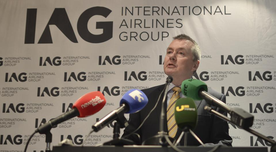 Irish government sells Aer Lingus stake to IAG