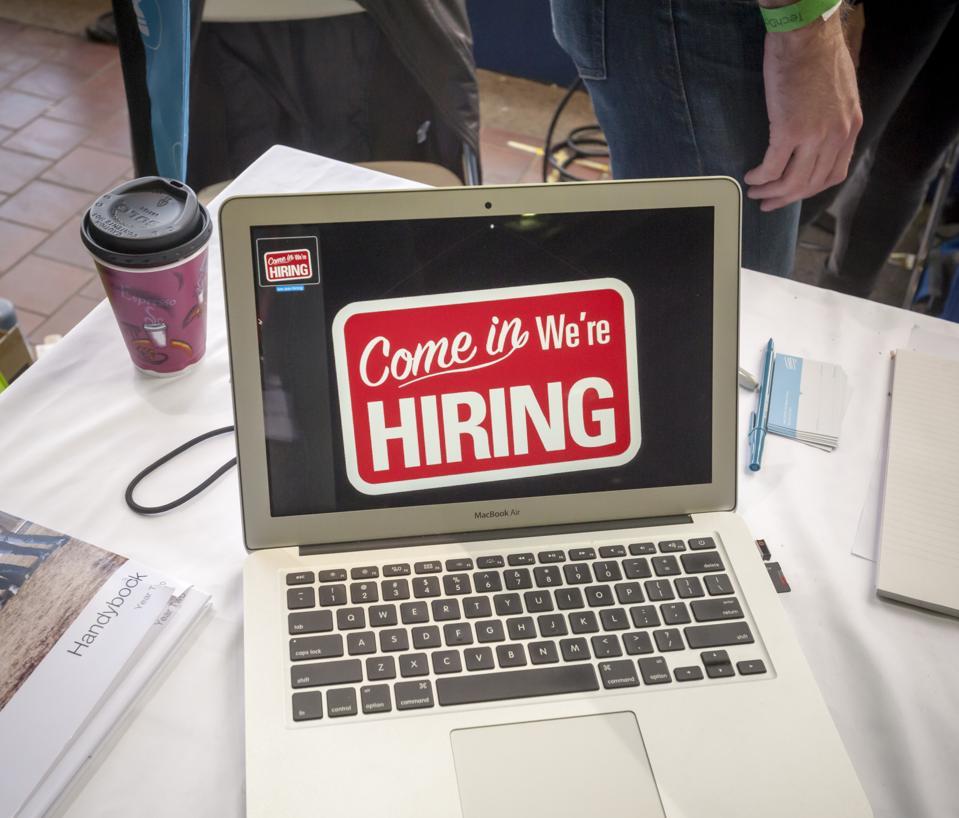 Solida crescita dell'occupazione negli Stati Uniti vista a novembre