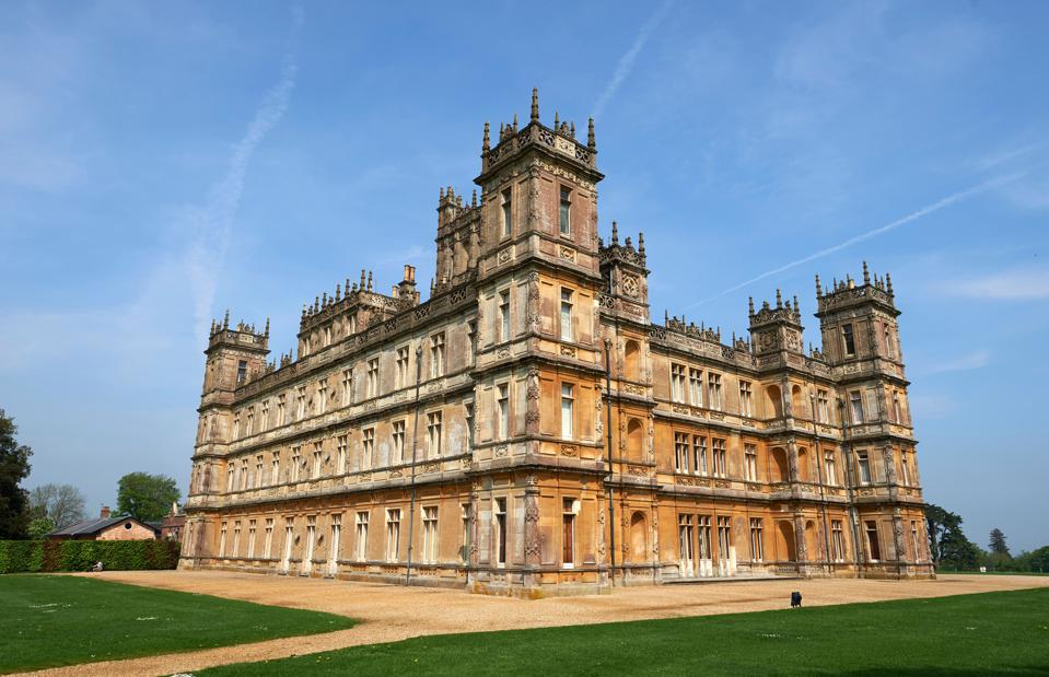 For Downton Abbey Fans, Yorkshire Walking Tours Could Feed Your Downton Yearning