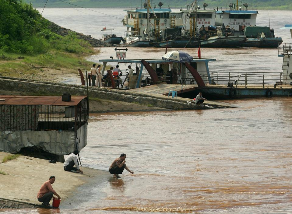 an analysis of the importance of the mekong river dams in asia We review the exceptional importance of mekong fisheries in terms of total catch dams and fisheries in the mekong basin in the low er mekong river.