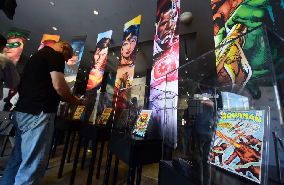 How Warner Bros. Created Superhero Cinema's Fan-Critic Divide