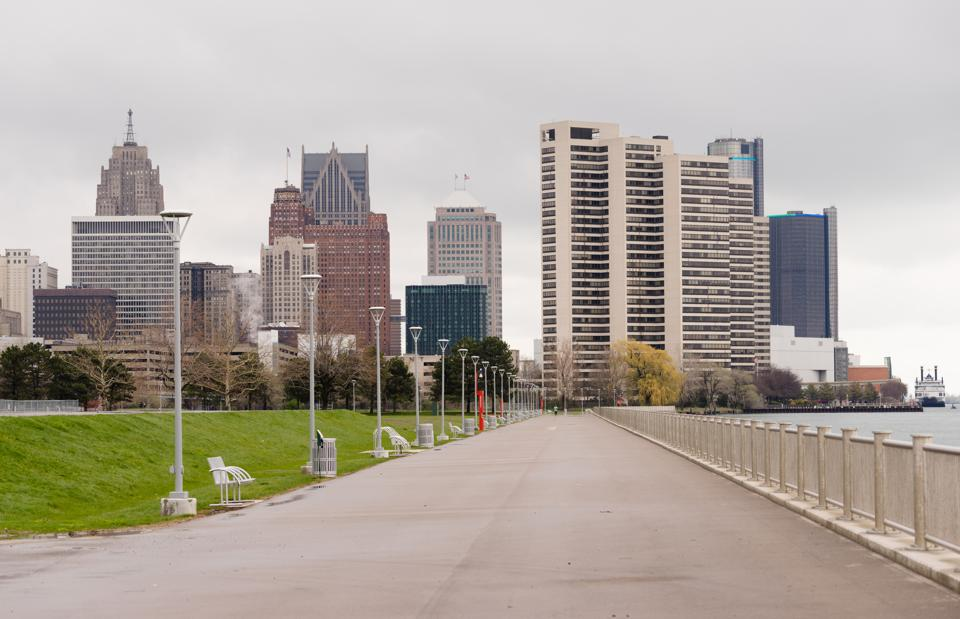 Waterfront Walkway Detroit Downtown City Skyline River Waterfront