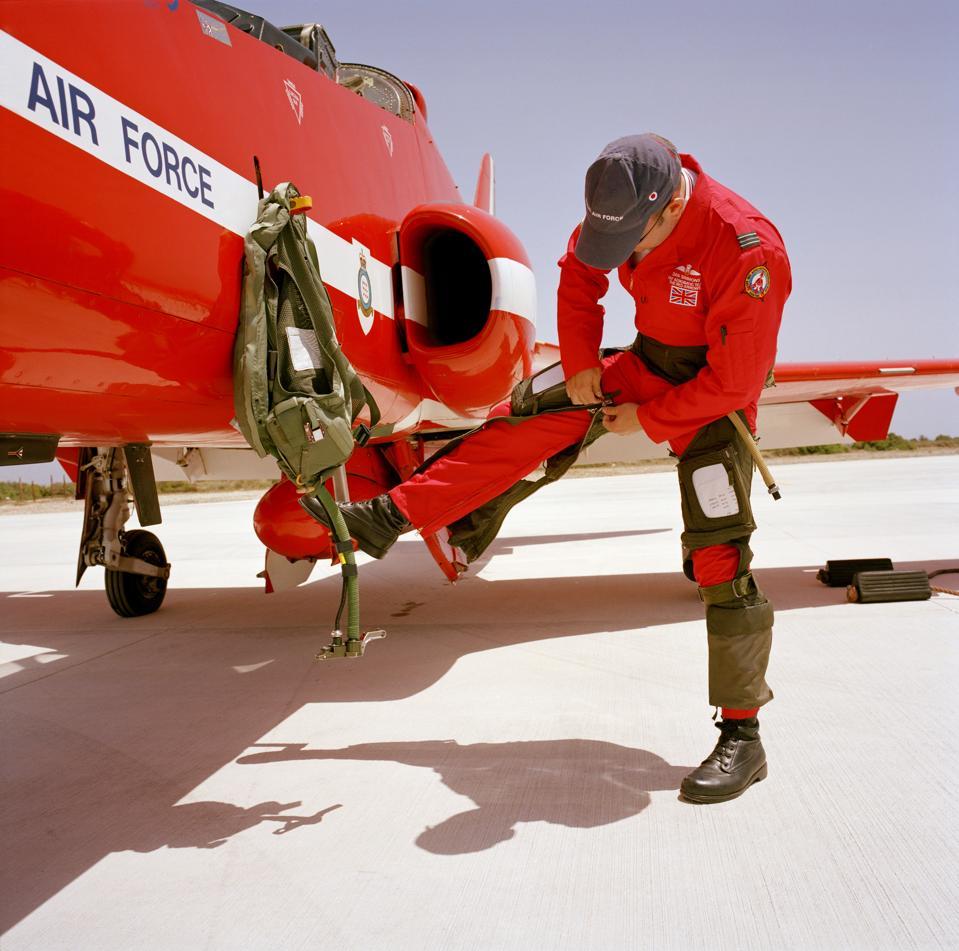 Cyprus - Akrotiri - Red Arrows flight preparations