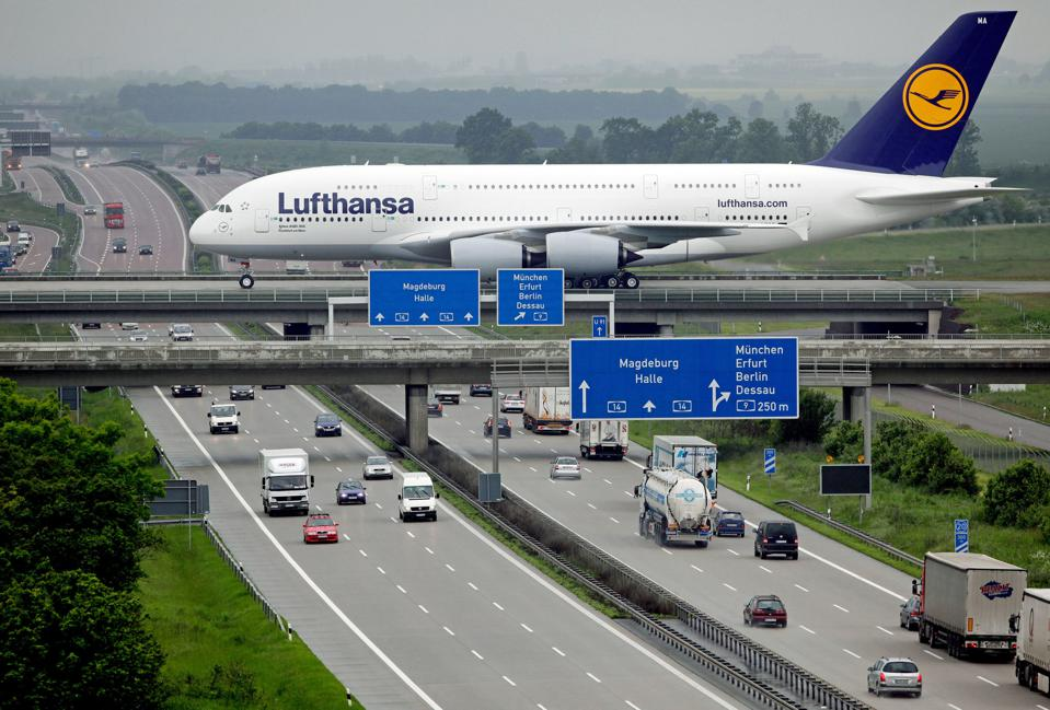 GERMANY-TRANSPORT-AIRBUS-A380