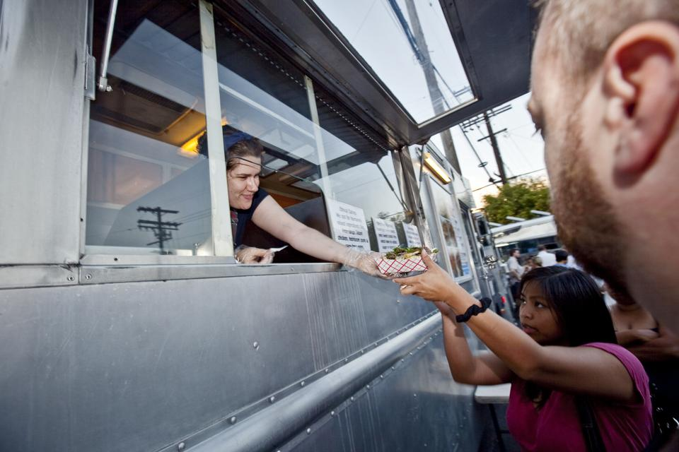 USA - Business - Gourmet Food Trucks in Los Angeles
