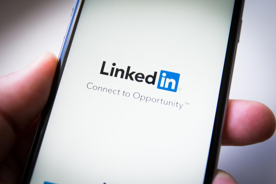 LinkedIn Profile can recruiters or potential clients find you