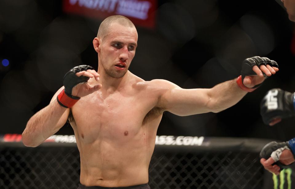 UFC Fight Night: MacDonald v Thompson