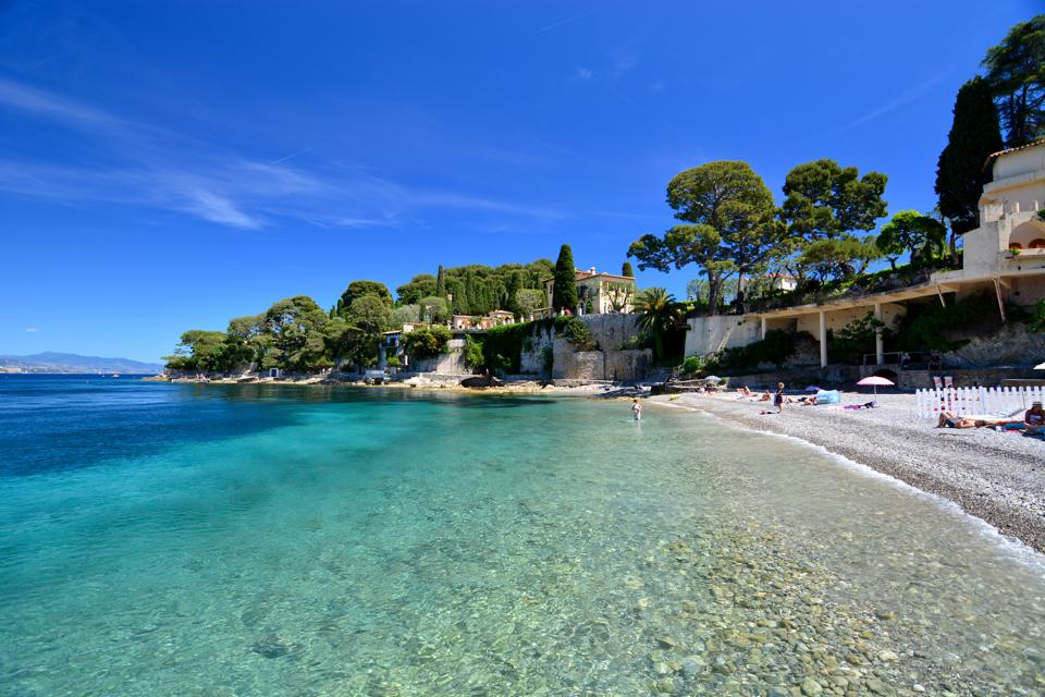 An Insider's Guide To 6 Exceptional Beaches On The French Riviera