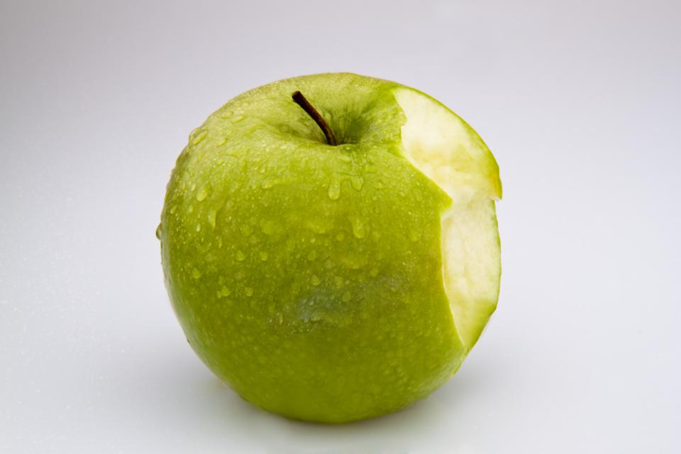 apple bite off