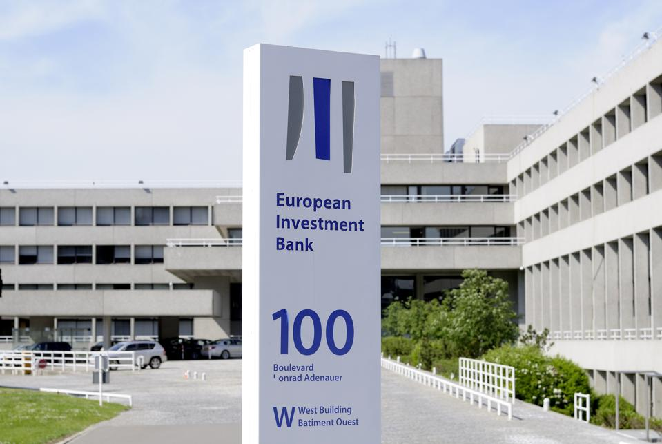 EIB Delays EU Fossil Fuel Phase-Out Proposal