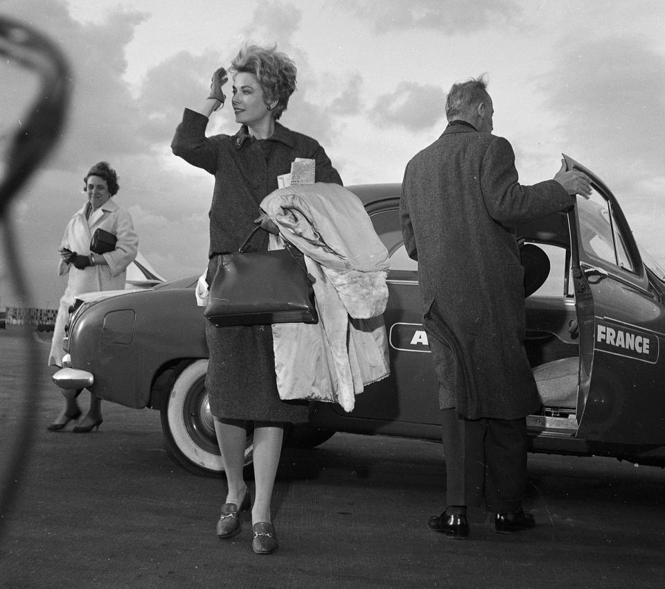 Grace Kelly with the original Hermes Kelly bag