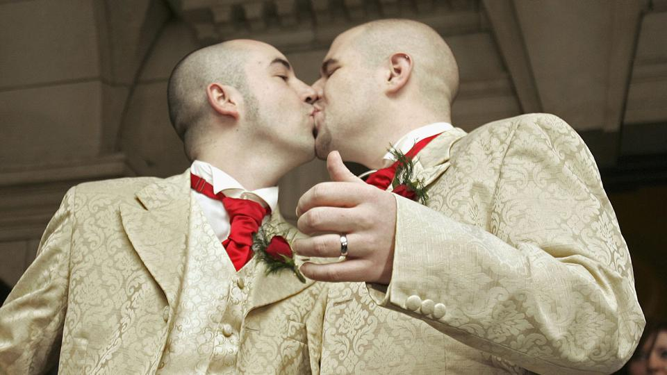 Belfast Couple Hold UKs First Gay Wedding