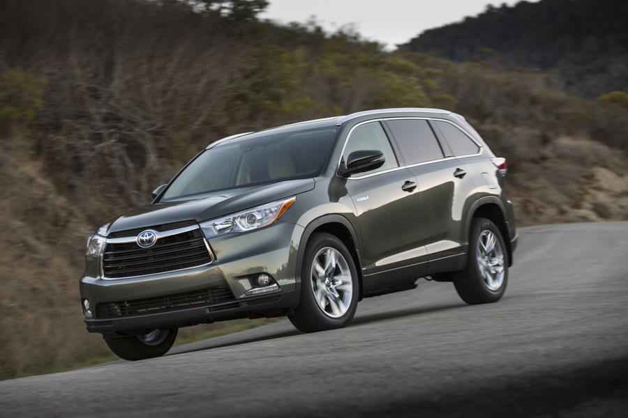 toyota highlander in photos best cars for commuters 2016 forbes. Black Bedroom Furniture Sets. Home Design Ideas