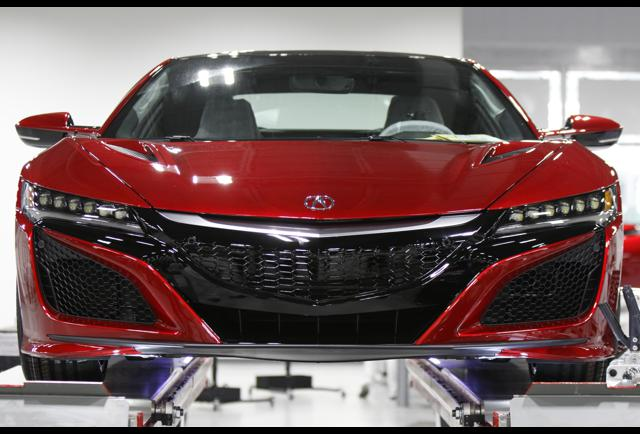 how to make a super car 2017 acura nsx is built by hand in ohio. Black Bedroom Furniture Sets. Home Design Ideas