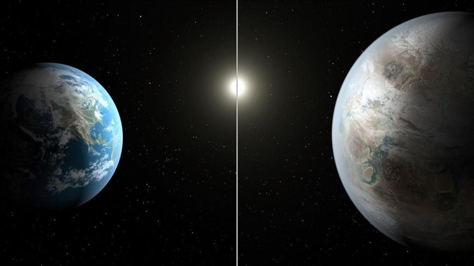 The possibly Earth-like exoplanet Kepler-452b, as compared with Earth.