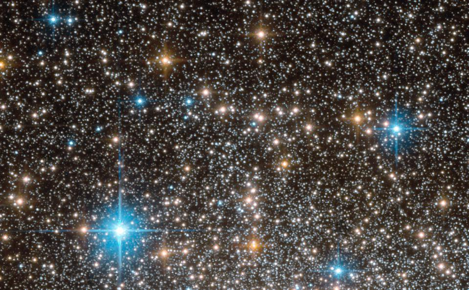 The stars from within the star cluster Terzan 5, as imaged by NASA's Hubble.