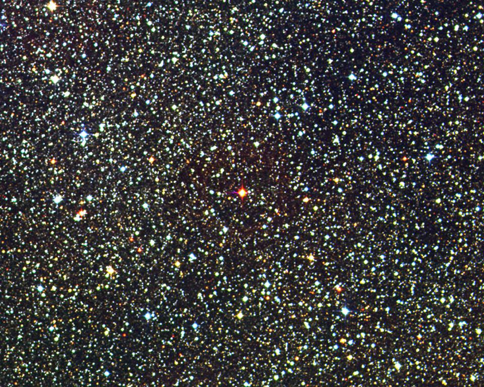 A portion of the digitized sky survey with the nearest star to our Sun, Proxima Centauri.