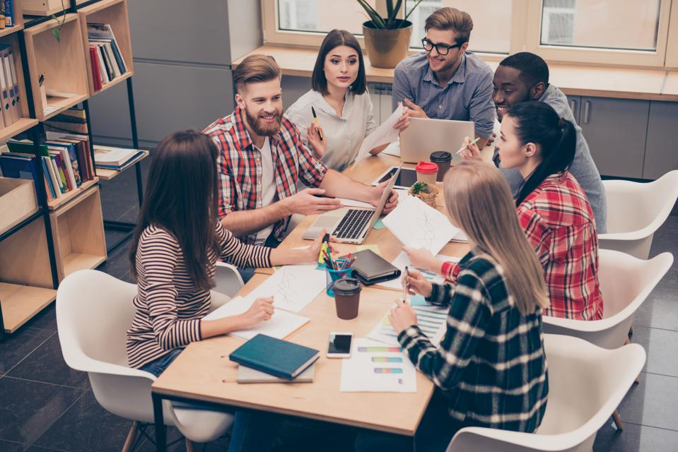 Only 22% Of Companies Are Getting Good Results From Their Employee Engagement Survey