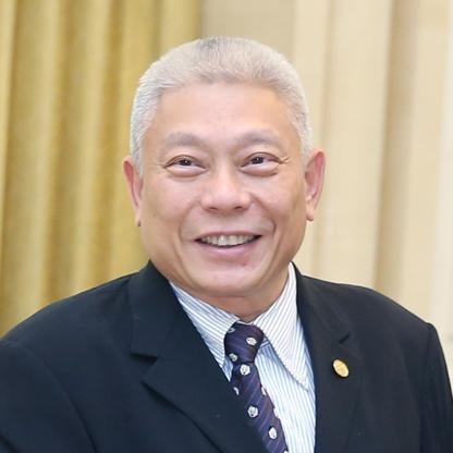 Tsai Eng-Meng & family
