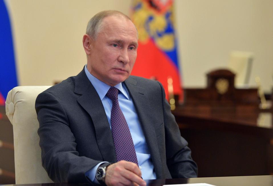 Virus Outbreak Russia Oil