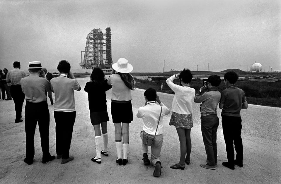 Visitors at NASA Space Station in Florida, U.S.A a few hours before Apollo 12 blasted off on a mission to the moon. Visi