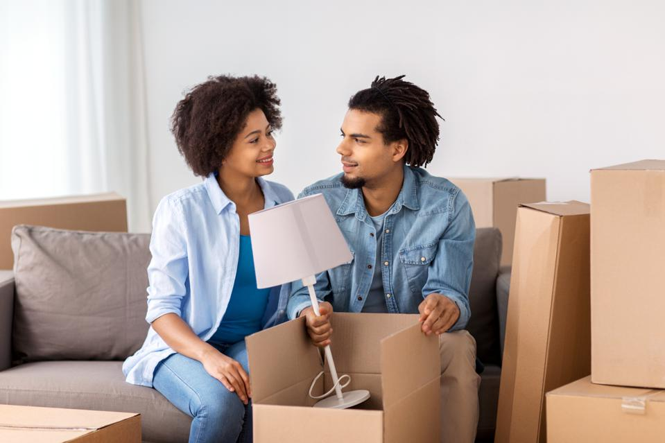 9 Things Millennials Should Consider Before Moving In Together