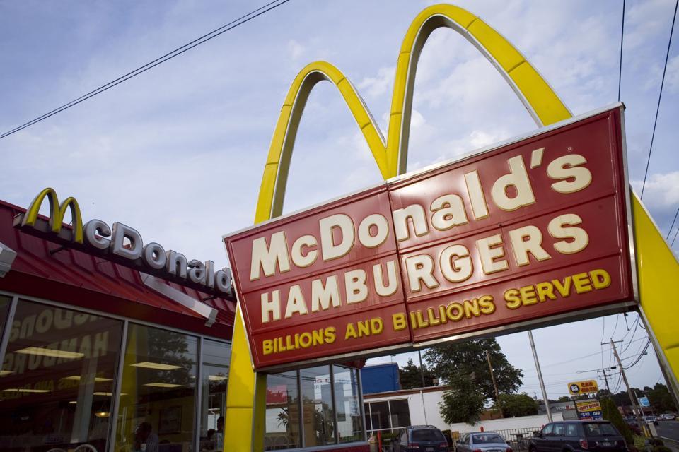 USA - Business - McDonald's Signage