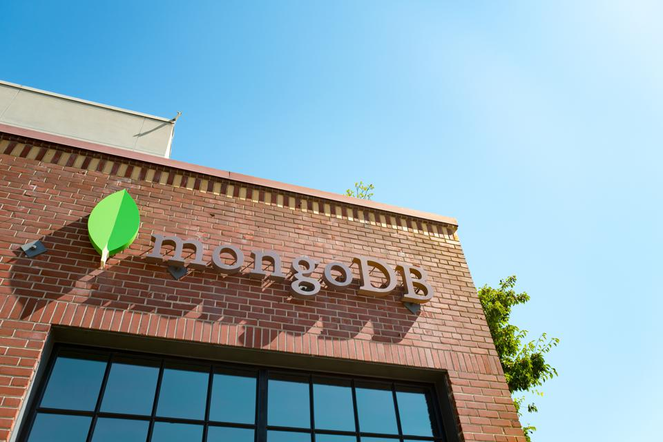 MongoDB Shares Remain Pricey Even As Growth Moderates