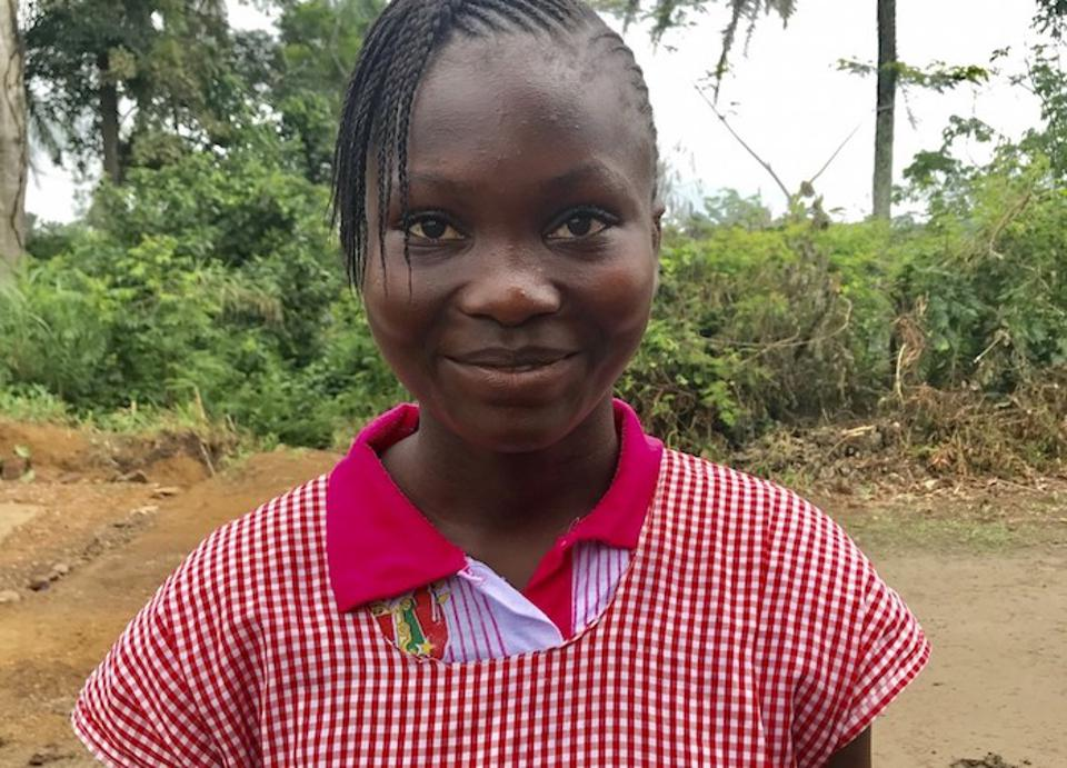 UNICEF installed four wells in Nzérékoré, Guinea so girls like 14-year-old Agnes can go to school instead of walking 20 miles every day to fetch drinking water for their families.