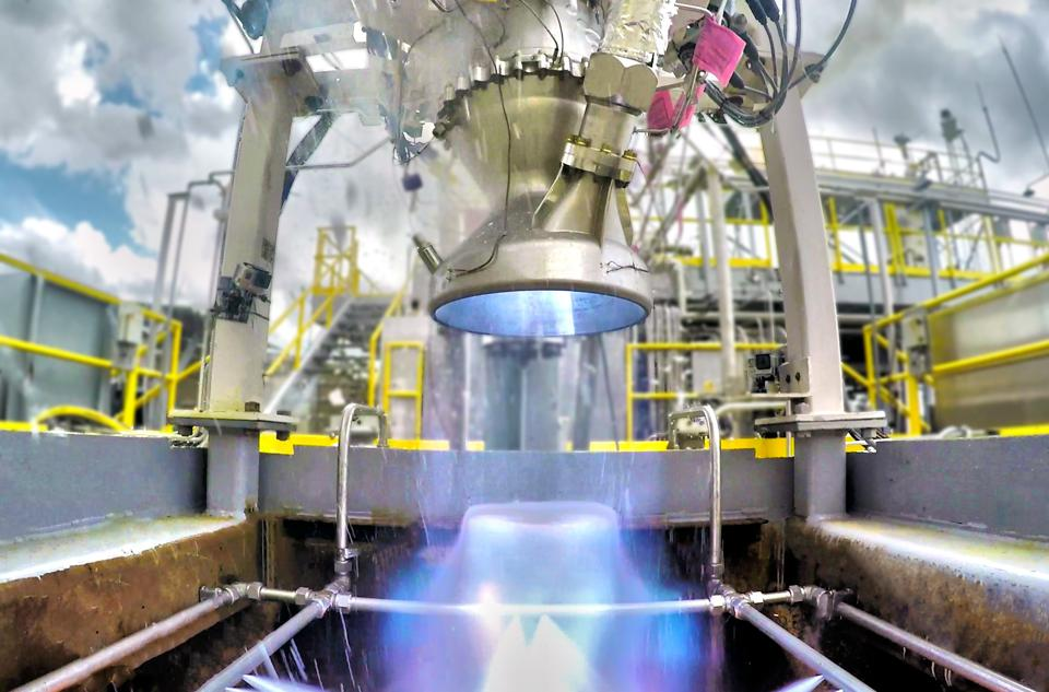 Relativity's Aeon rocket engine being tested.