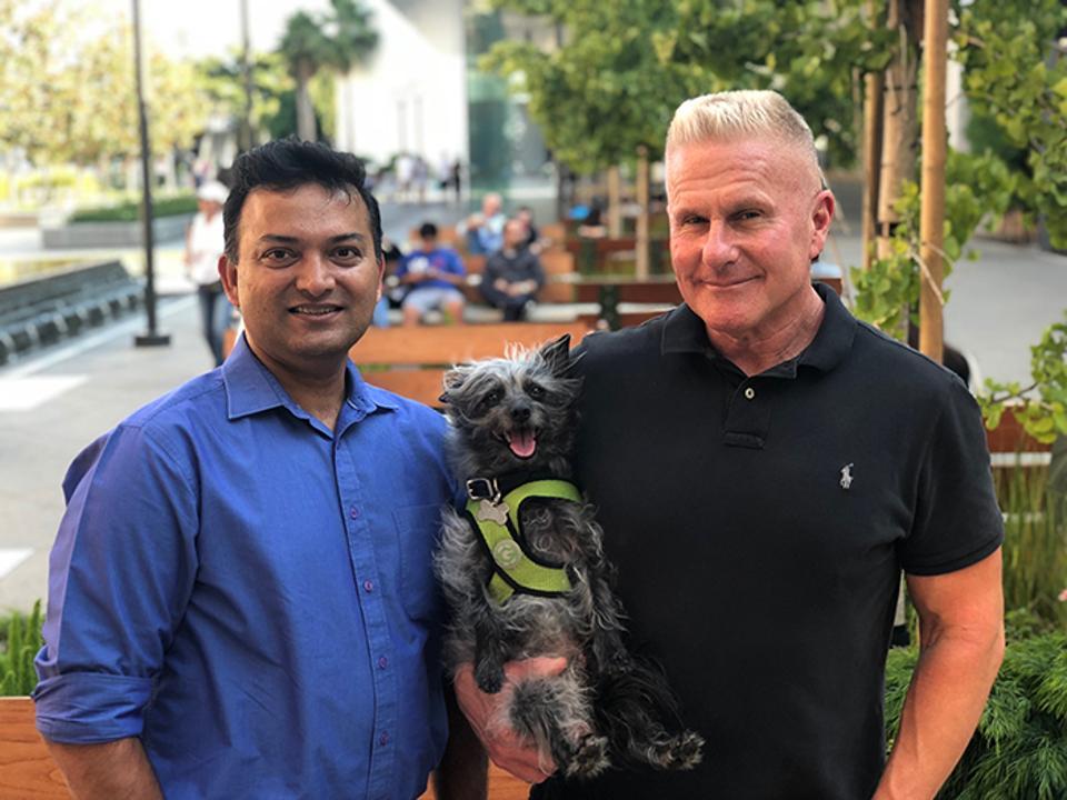 Vik Mehta, left, cloud evangelist at VastEdge, Jet, Widget's chief mutt officer, and Al Zlogar, founder and CEO of Widget.