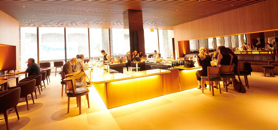 A Photographic Tour Of The New Four Seasons Restaurant In New York