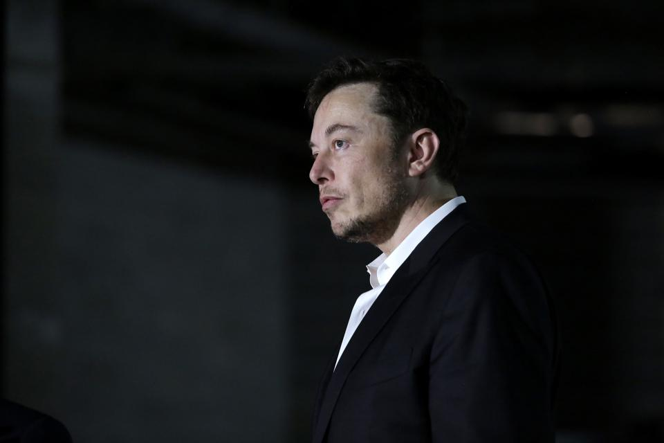Elon Musk at an event with Chicago mayor Rahm Emanuel in June 2018.