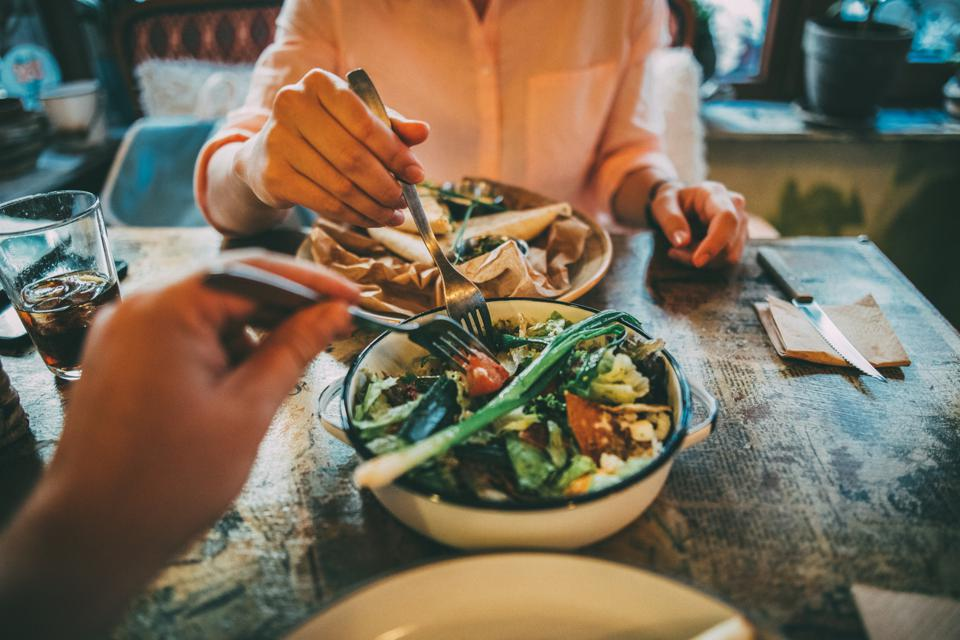 Spending less on your food bill doesn't only provide financial benefits: You could also end up eating more nutritious food and reducing waste.